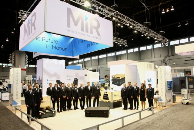 robot MiR1000