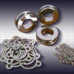 metalowe elementy