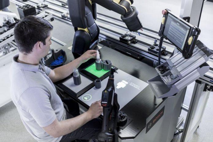 bosch zmienia roboty we współpracowników