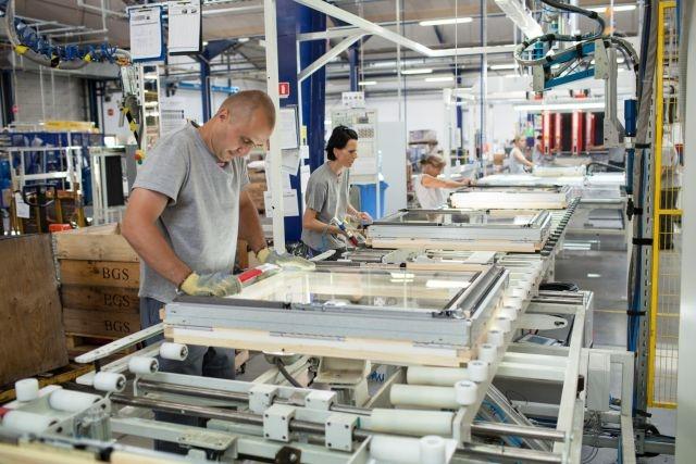 produkcja sprzedana przemysłu wzrosła